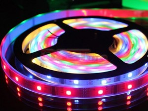 5M 15W RGB LED Strip Light With 60 Lamp Beads 5050 SMD  For Christmas & Halloween Decoration